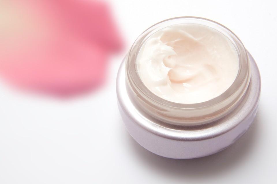 Face moisturiser